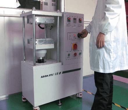 Resin Flow Pressure Apparatus