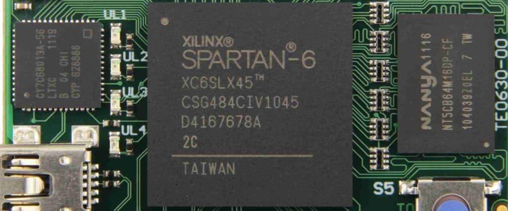 Xilinx XC6SLX45T-2FGG484i